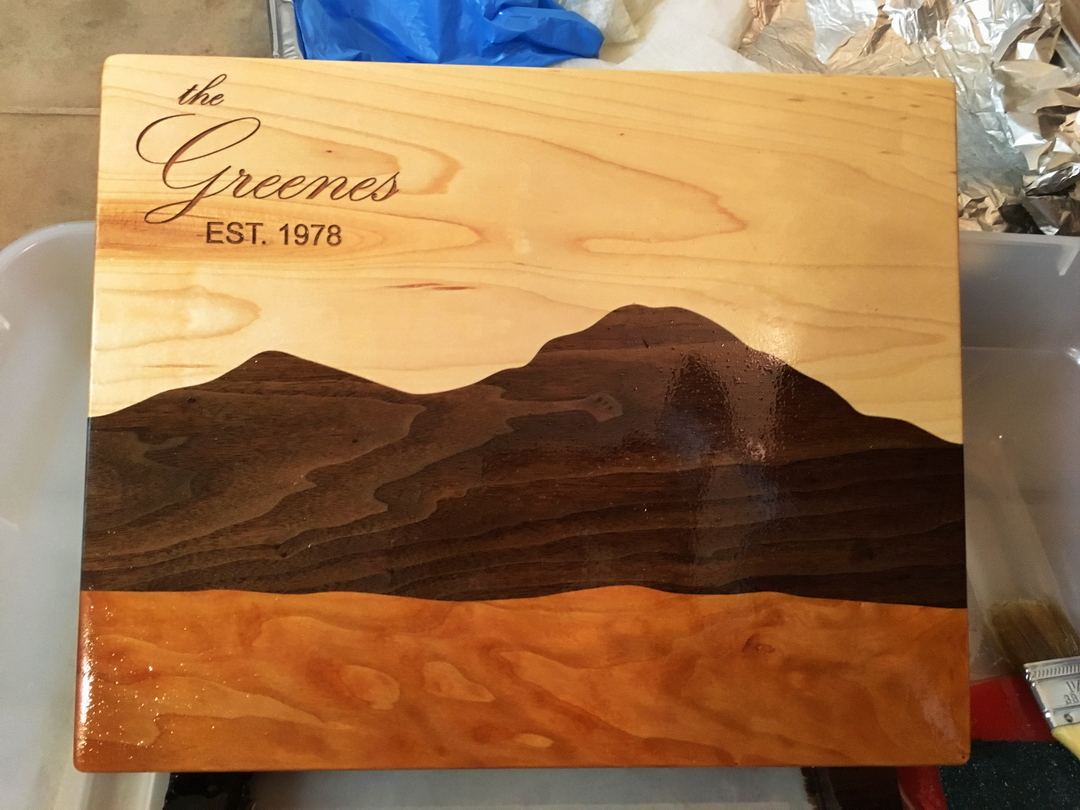 Cutting boards/serving trays-002-mountain-board-fresh-oil-engraved.jpg