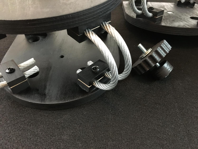 Video camera isolation mounts-009-camera-mount-threaded-lock.jpg