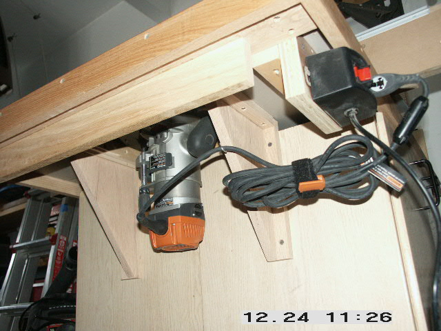 Rigid model r2900 router combo and ryobi model a25rt02 router table click image for larger version name 013g views 273 size 1074 greentooth Images