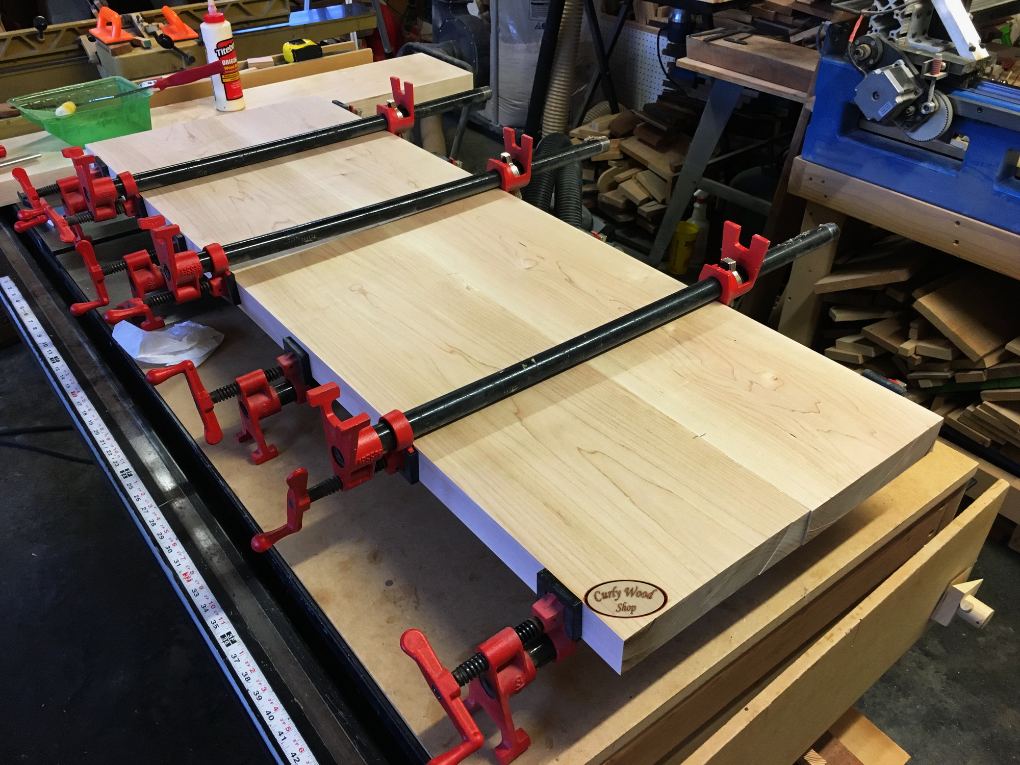 Audiophile audio rack-015-started-gluing-shelves.jpg