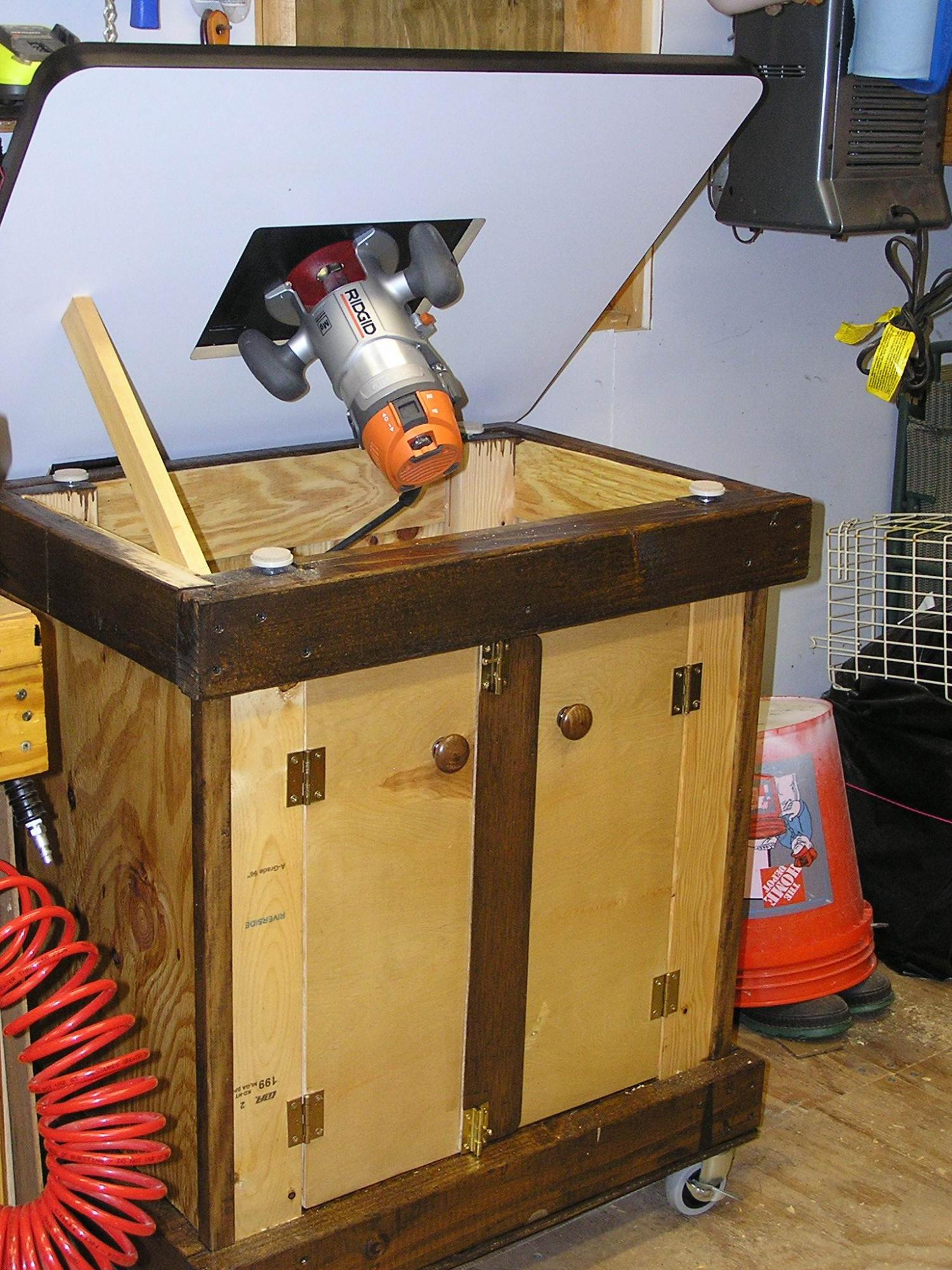 click image for larger version name 045router table 4jpg views