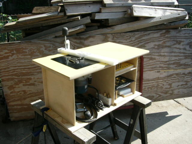 Mounting a bosch 1617 in a table router forums click image for larger version name 07302007 003g views 715 size keyboard keysfo Image collections