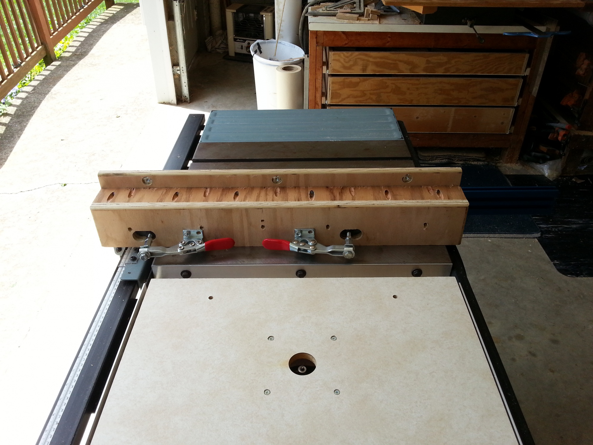 Auxiliary Aluminum T Track Fence For Your Table Saw