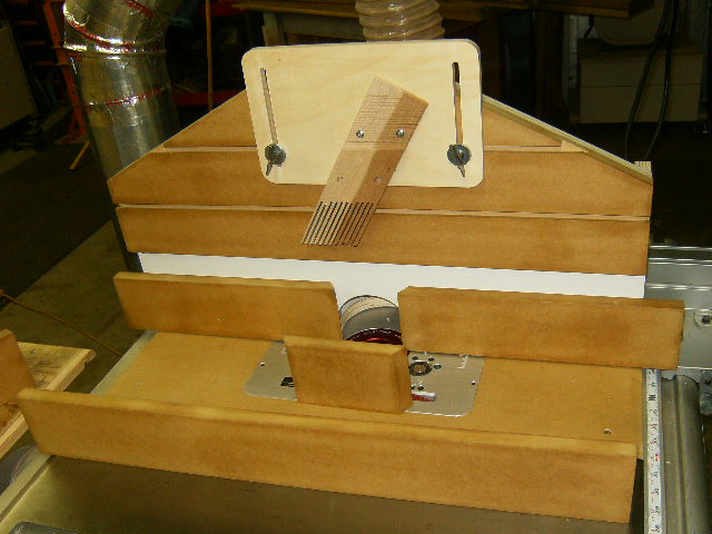 Router insert for a ridgid r4510 table saw page 2 router forums router insert for a ridgid r4510 table saw 7 4 11 004 keyboard keysfo Choice Image