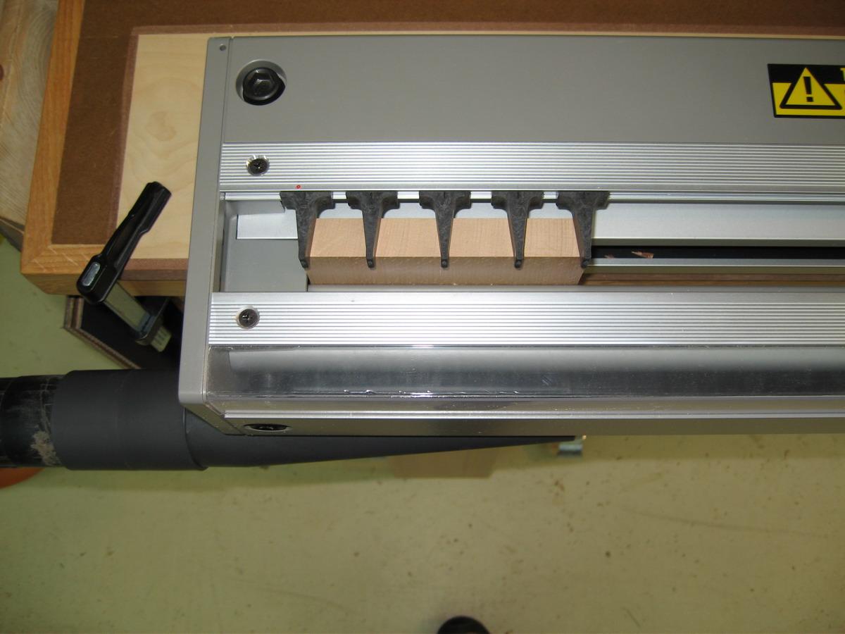 Akeda BC24 Dovetail Jig arrived!-akeda-pin-close-up_resize.jpg