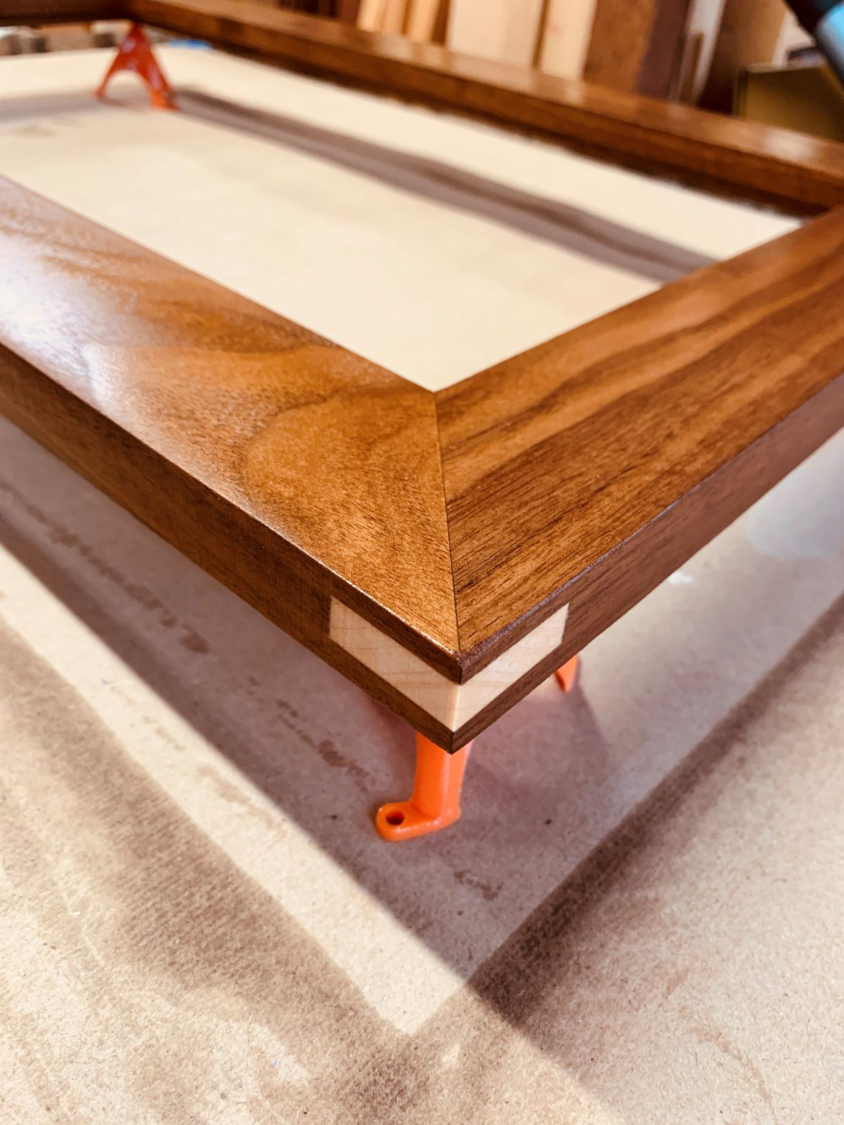 Walnut picture frame of the grandsons-c_resized.jpg