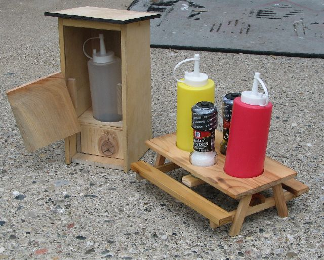 Miniature Condiment Picnic Table Router Forums - Condiment holder for table