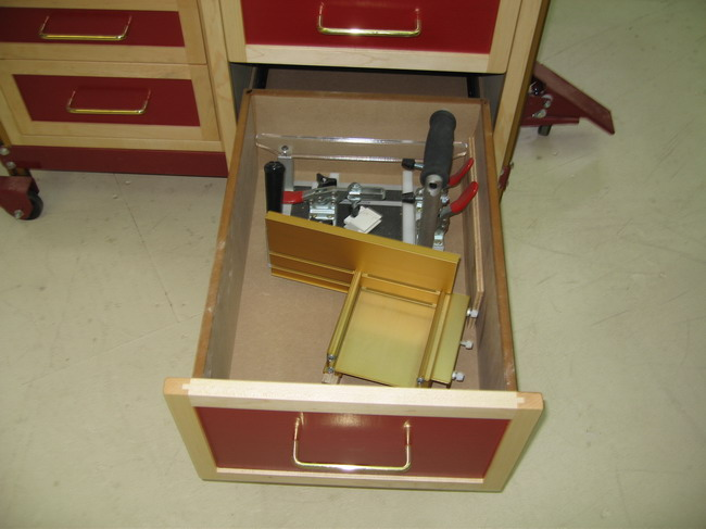 Router Table for Incra LS Positoner completed!-coping-sled-right-angle-fixture.jpg