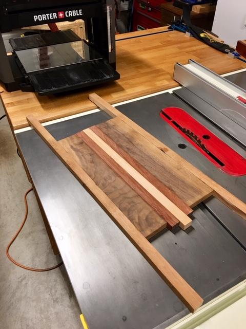made my wife a cutting board-d.jpg