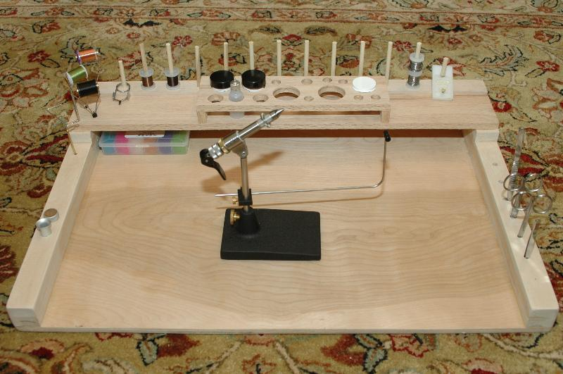 The use of templates in the plunge cut-demo-bench.jpg
