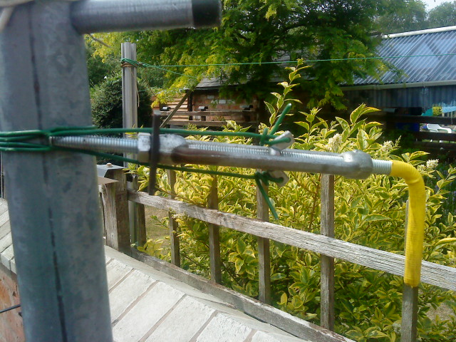 using old fence turnbuckle for wire clamping tool-dsc00518.jpg