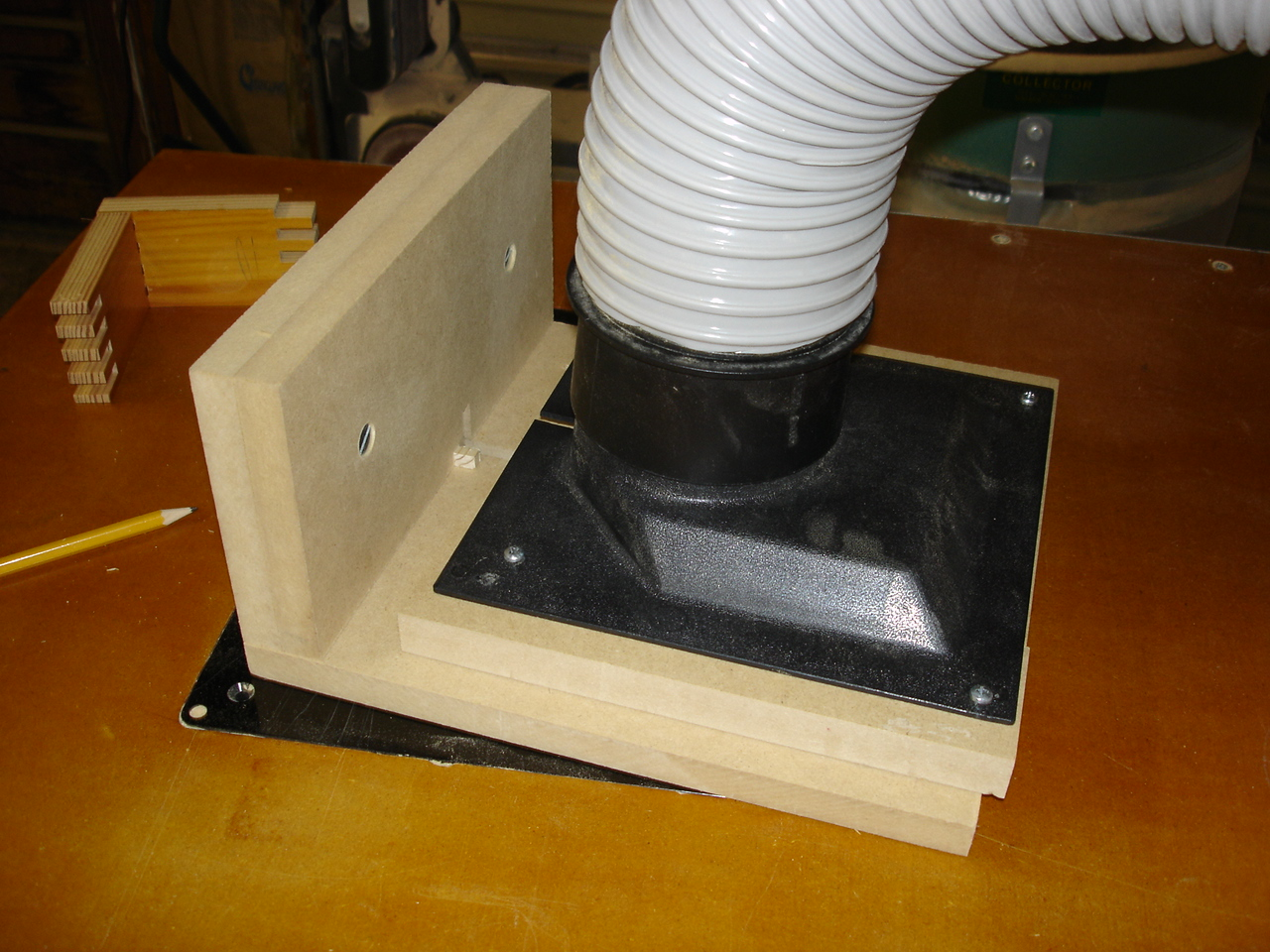 My version of a router box joint jig-dsc00567.jpg