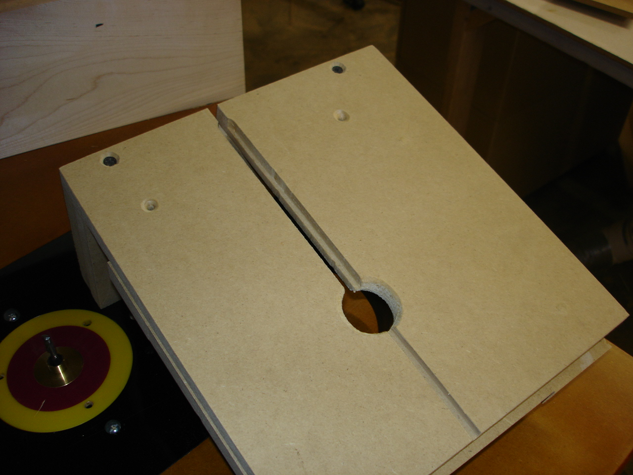 My version of a router box joint jig-dsc00582.jpg