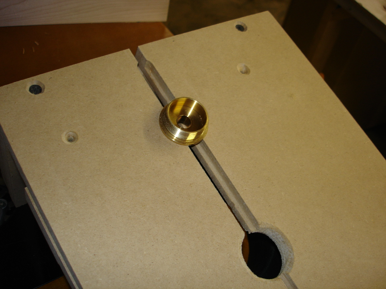 My version of a router box joint jig-dsc00585.jpg