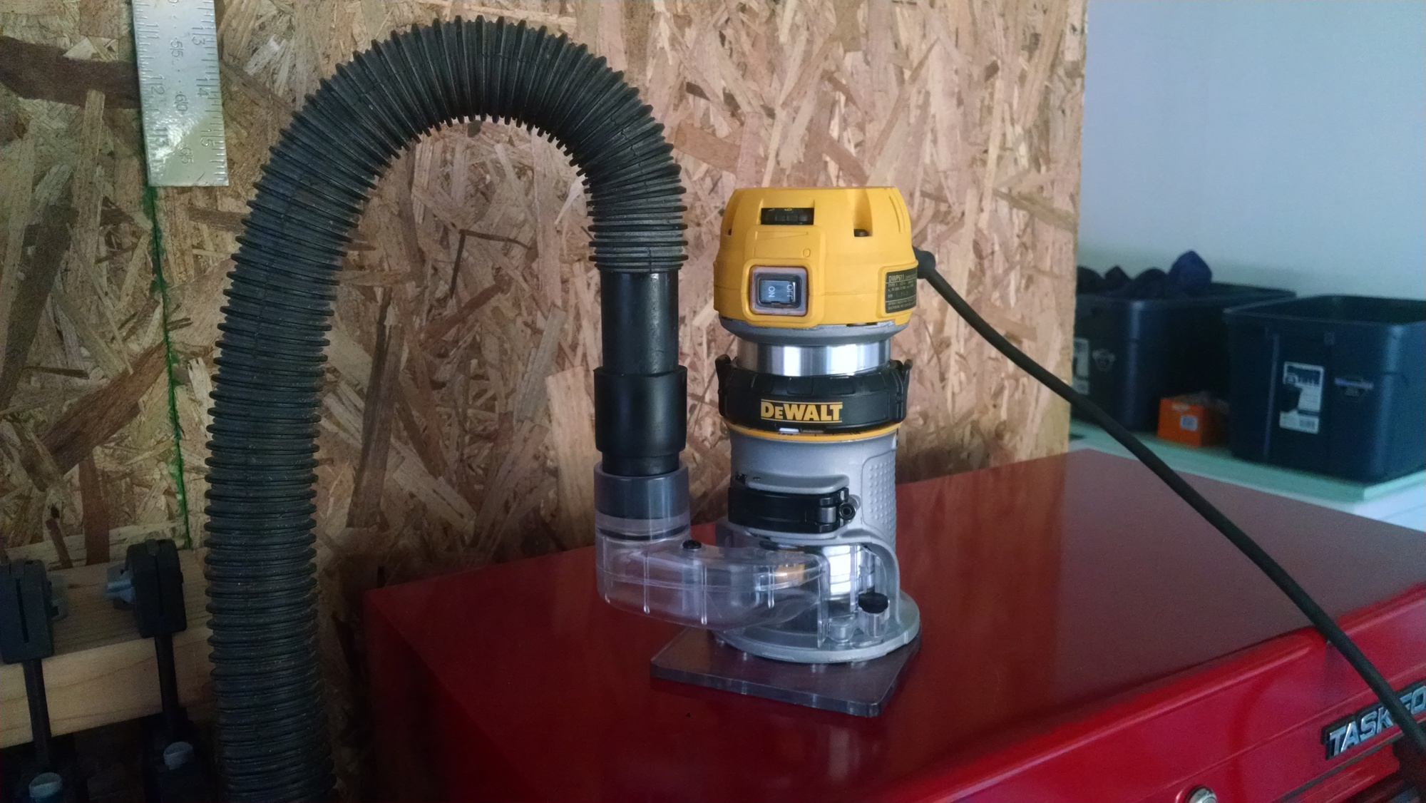 I need a shop vac hose for a dewalt dw618 router page 3 router click image for larger version name img20150613191035689g views 231 size 6192 greentooth Image collections