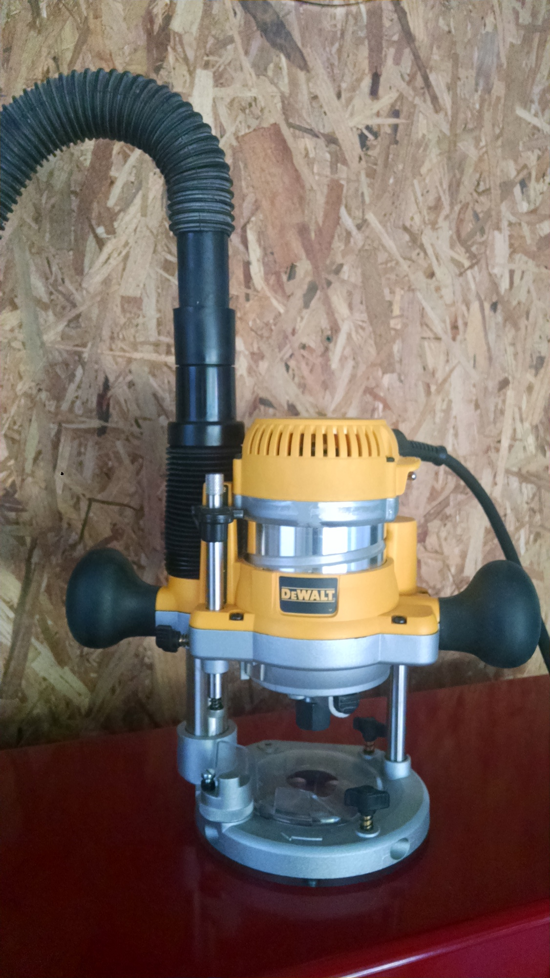I need a shop vac hose for a dewalt dw618 router page 3 router click image for larger version name img20150613191209072g views 481 size 5982 greentooth Image collections