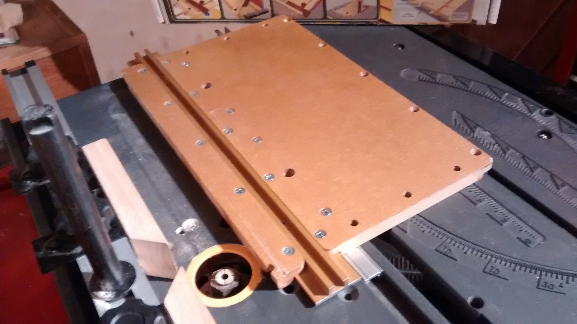Integrating Incra Jig Parts Craftsman Tablesaw Routerpart2