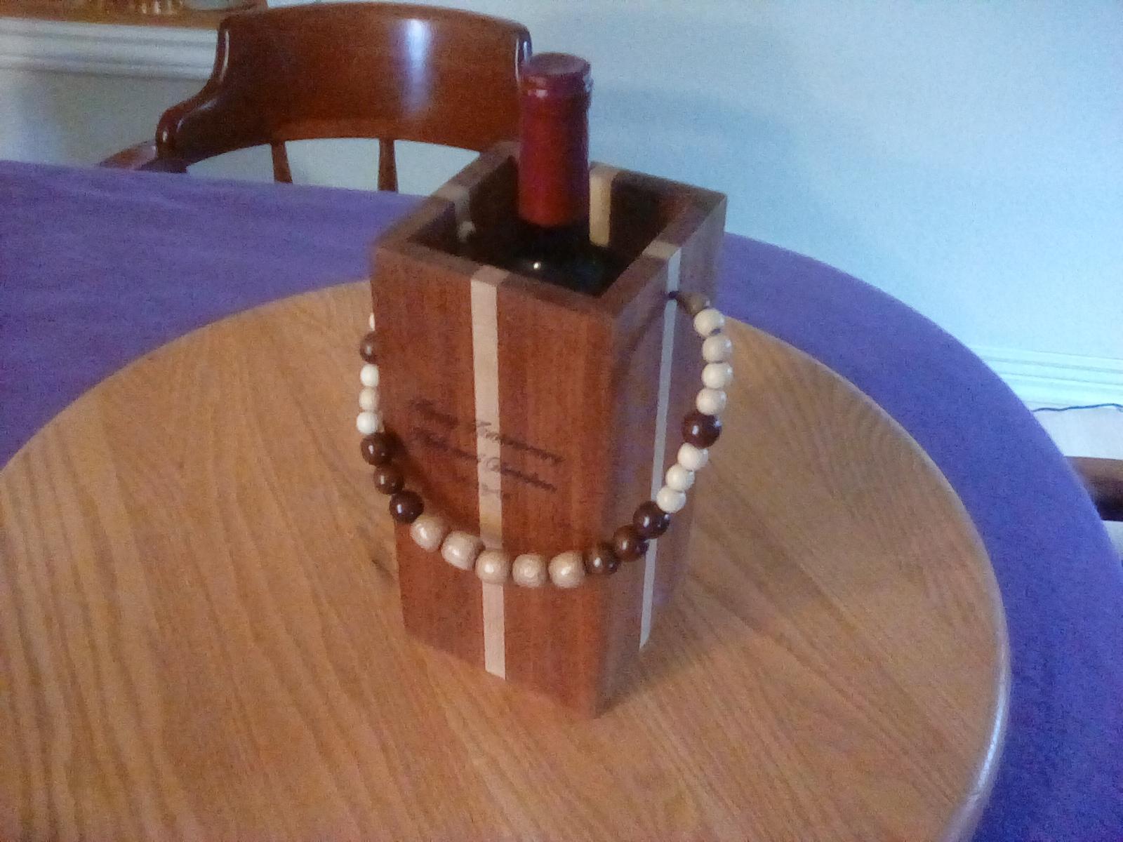 Anniversary gift wine box-img_20190422_061547.jpg