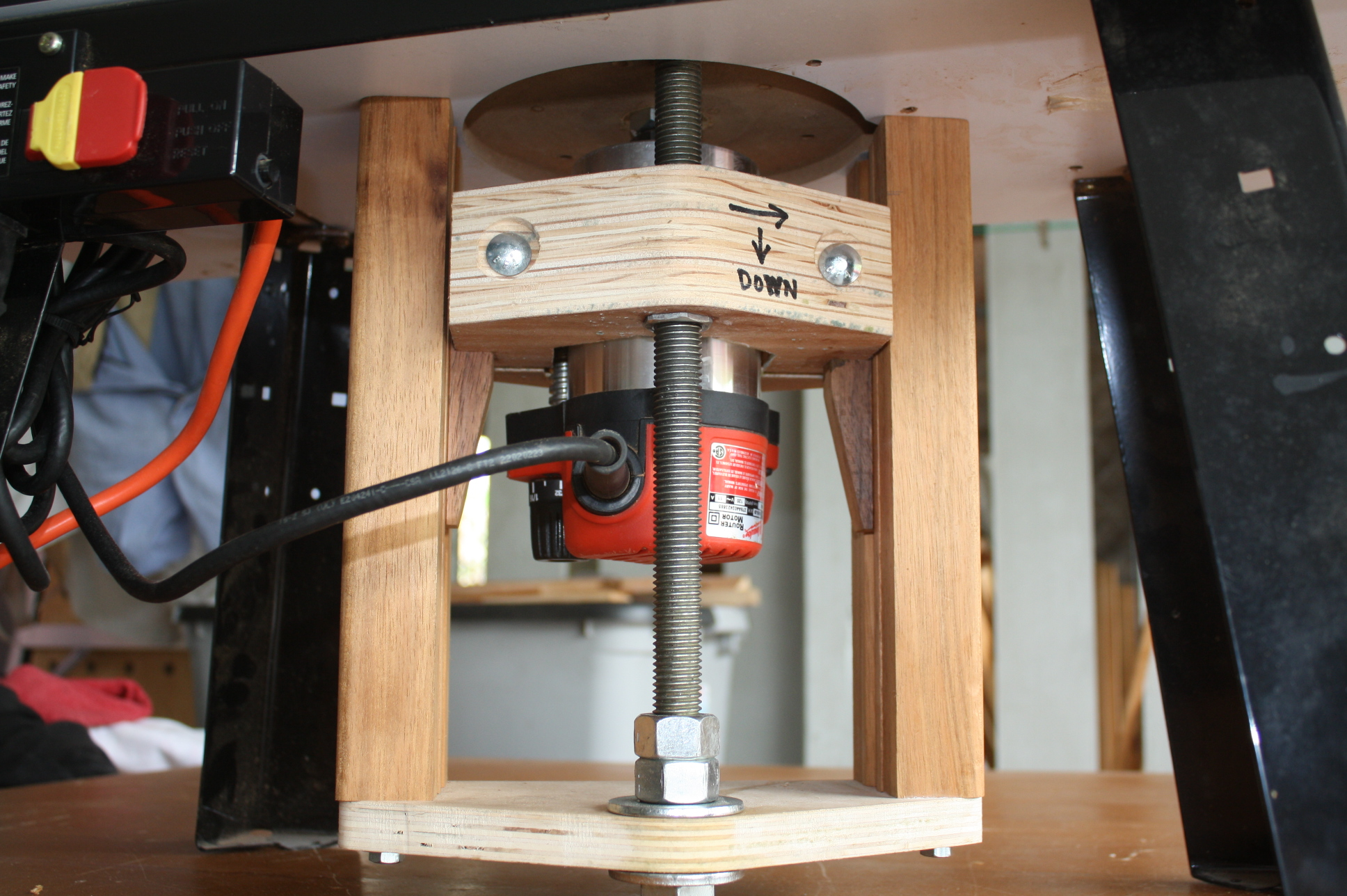 Shopnotes homemade router lift done wpics router forums click image for larger version name img2658g views 5377 size 9860 greentooth Gallery