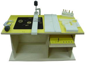 Reviews of the boss and the woodrat router tables or jigs router click image for larger version name oak20park20tableg views greentooth Images