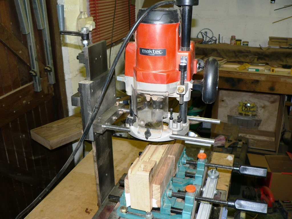 how to use a router as a milling machine
