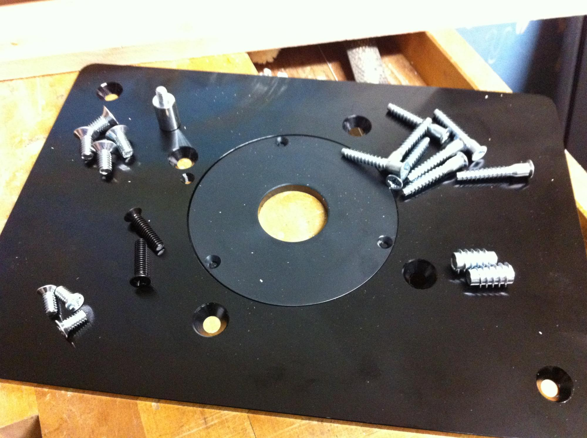 How to mount the router plate router forums click image for larger version name photo 21 50 28 230312g keyboard keysfo Images