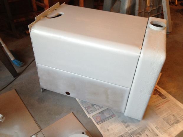 Restoration - Powermatic 66 Table Saw-primer-has-begun.jpg
