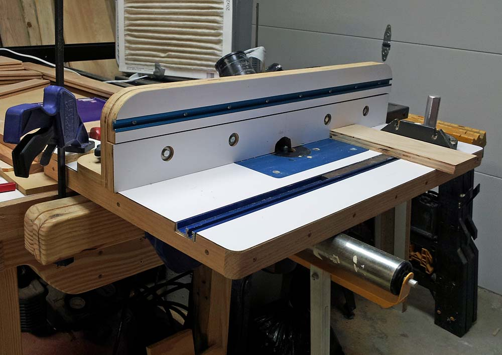 Ideas for integrating router table into bench router forums click image for larger version name router table topg views 1644 size keyboard keysfo Images