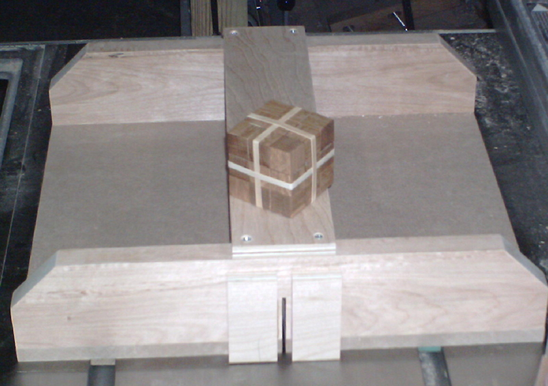 Fun way to test table saw setup-soma001.jpg