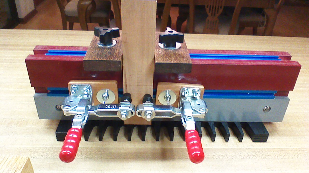 Milescraft Dovetail Template Master by Milescraft
